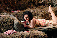 Aleksandra Kursak as Adina in L'Elisir d'amore. ©ROH Catherine Ashmore 2007