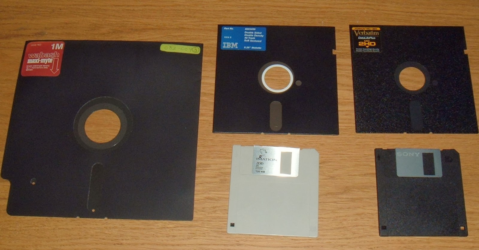 """50 Double Density DS//DD 3.5/"""" 720K Recycled Floppy Disks"""