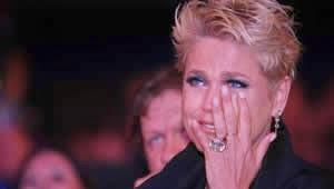 Xuxa é acusada de violência contra crianças e deixa congresso chorando
