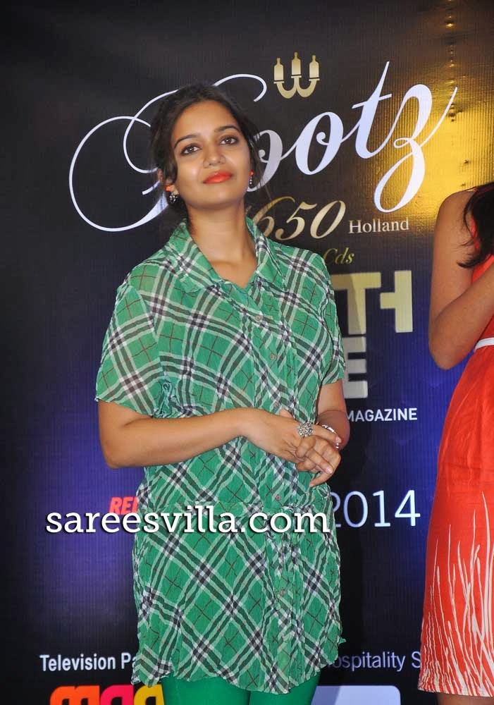 Swathi at South scope Calendar 2014 Launch