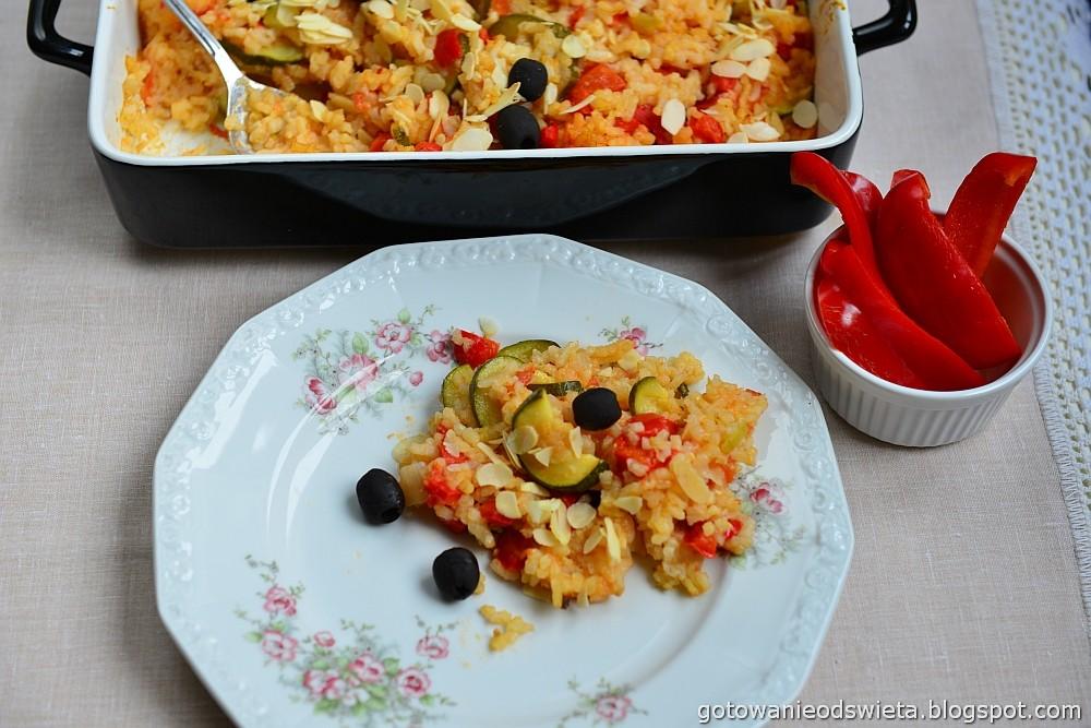 Paella wegetariańska z ryżem