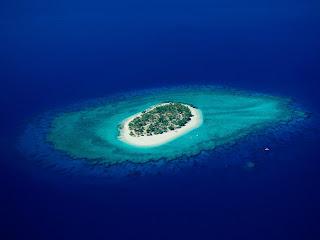 Tropic Island Top View HD Wallpaper