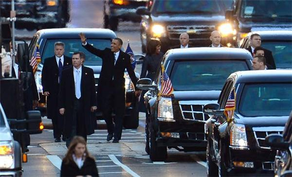 1/21/13: OBAMA SECOND INAUGURAL PARADE; SAIC Vic Erevia (far left)