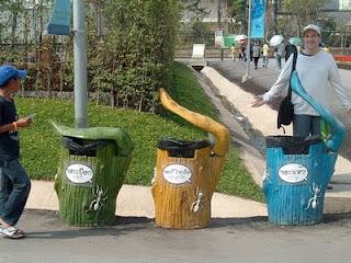 Tempat Sampah Unik