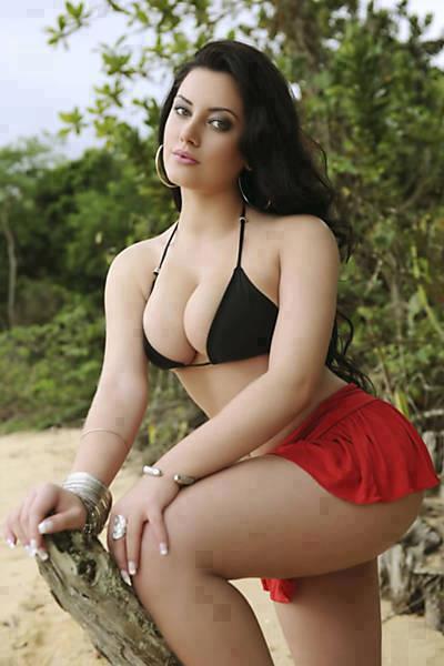 Model boob job
