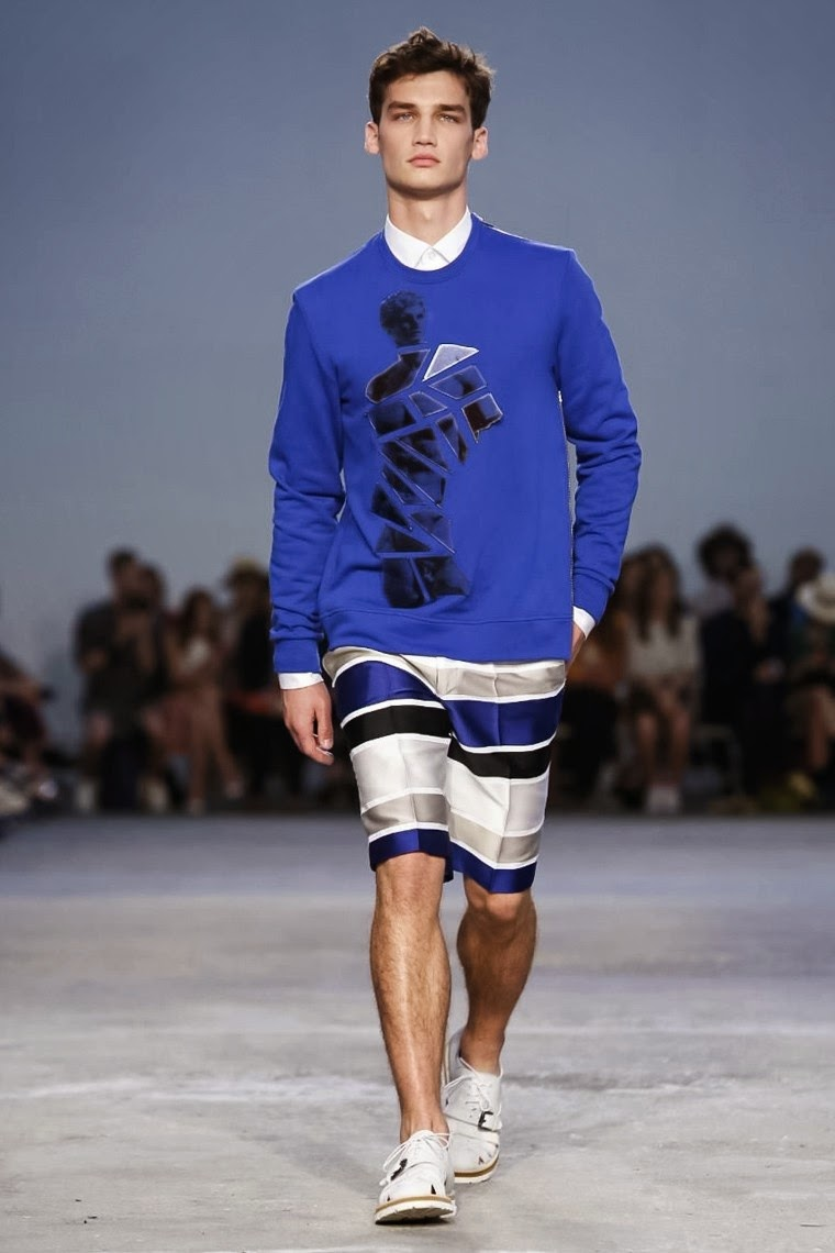 Frankie-Morello, Frankie-Morello-Spring-Summer-2015, Frankie-Morello-Spring-Summer, Maurizio-Modica, Pierfrancesco-Gigliotti, Make-art-not-war, Frankie-Morello-printemps-ete-2015, Frankie-Morello-printemps-ete, Frankie-Morello-milan-fashion-week, mode-femme, shoes-at-new-look, chaussures-new-look, vetement-femme-grande-taille, tunique-femme, new-look-ladies-coats, du-dessin-aux-podiums, dudessinauxpodiums, vetements-femmes, fashion-tops, womens-fashions, vetement-tendance, plus-size-womens-clothing, plus-size-clothes, mode-pas-cher, fashion-dresses, ladies-clothes, chaussures-femmes-pas-cher, fringue-pas-cher, robes-de-soiree
