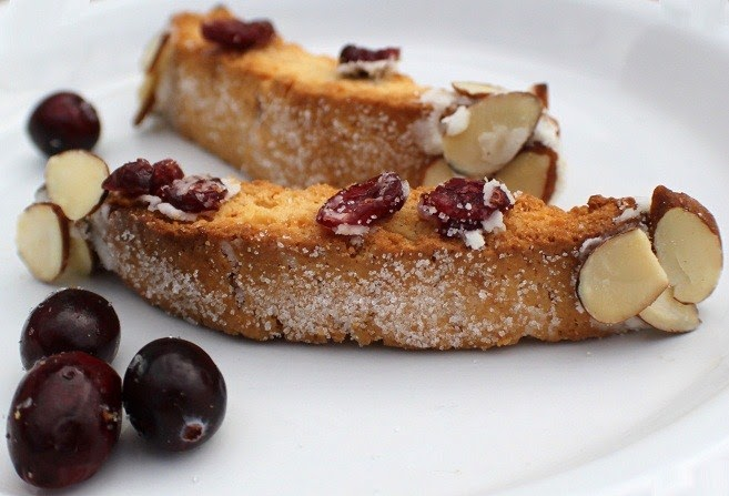 What's Cookin' Italian Style Cuisine: Cranberry Almond Biscotti