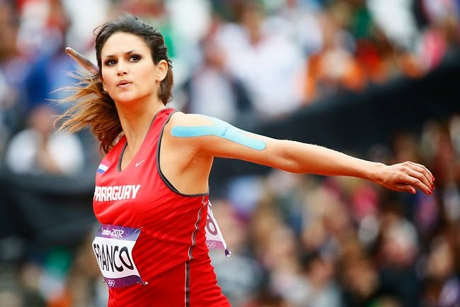 http://www.cricbuzz.ind.in/2014/08/top-10-hottest-female-athletes-to-check.html