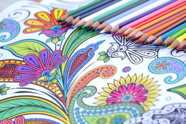 Art-thérapie: coloriages anti-stress