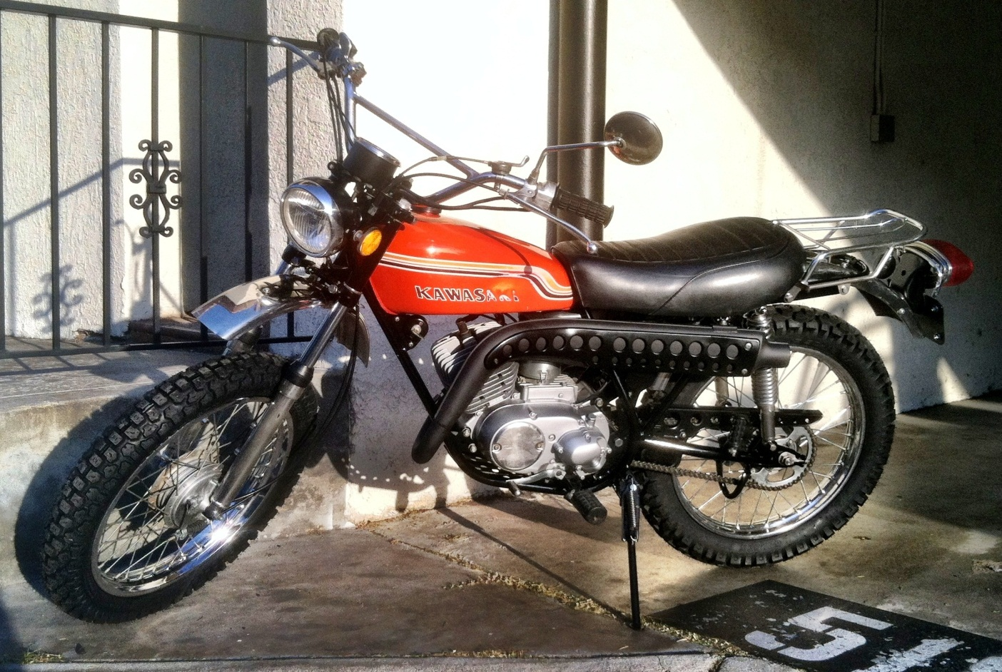 Restoring A 1972 Kawasaki G4 Tr B Motorcycle Final Assembly G4tr Wiring Diagram Ghetto Stand Milk Crate Old Cutting Board And Bath Mat