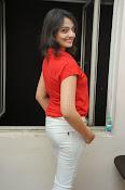 Nikitha Narayan Glam pix-thumbnail-20