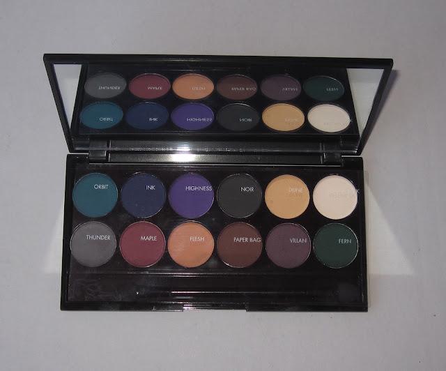 Sleek i-Divine ultra mattes darks V2 palette