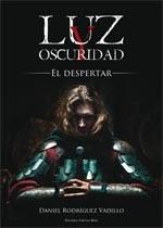 http://www.editorialcirculorojo.es/publicaciones/c%C3%ADrculo-rojo-novela-v/luz-y-oscuridad-el-despertar/