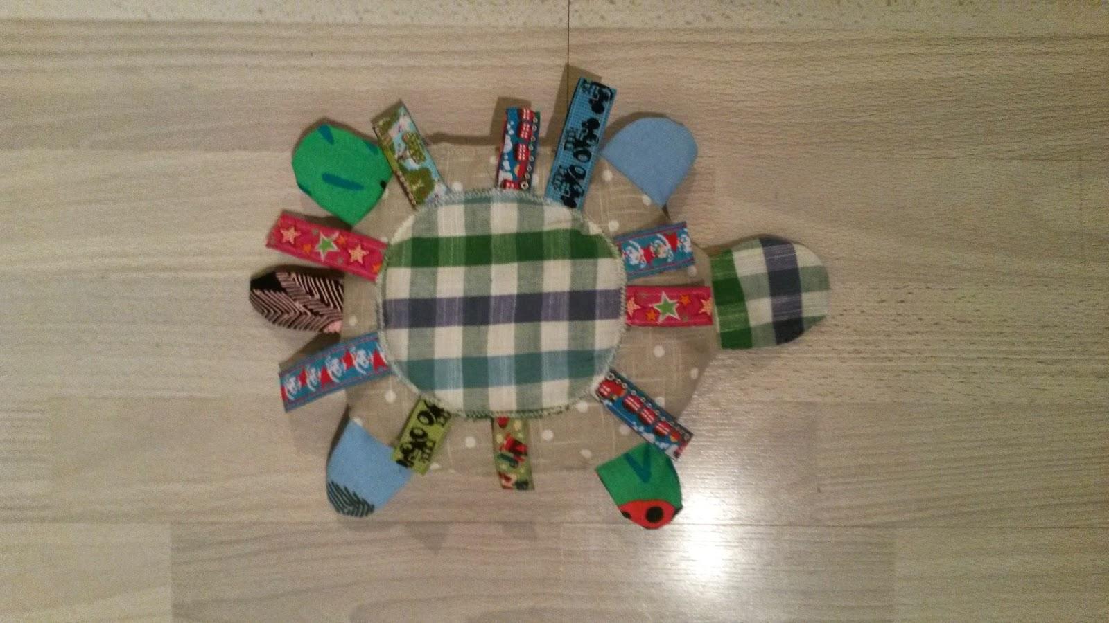 sköldpadda sy bebis pillerband leksak mjukdjur dopgåva