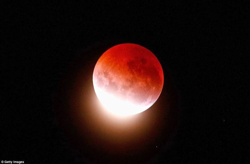 Gerhana Bulan Darah