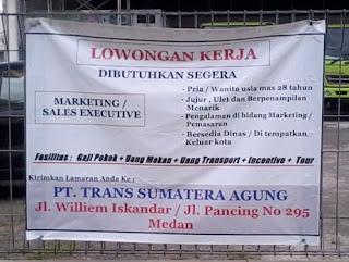 Spanduk Loker di Medan