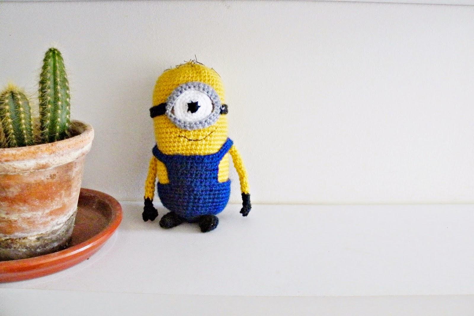 La Vie Simple de mimi...: Un Minion au crochet. Patron gratuit.