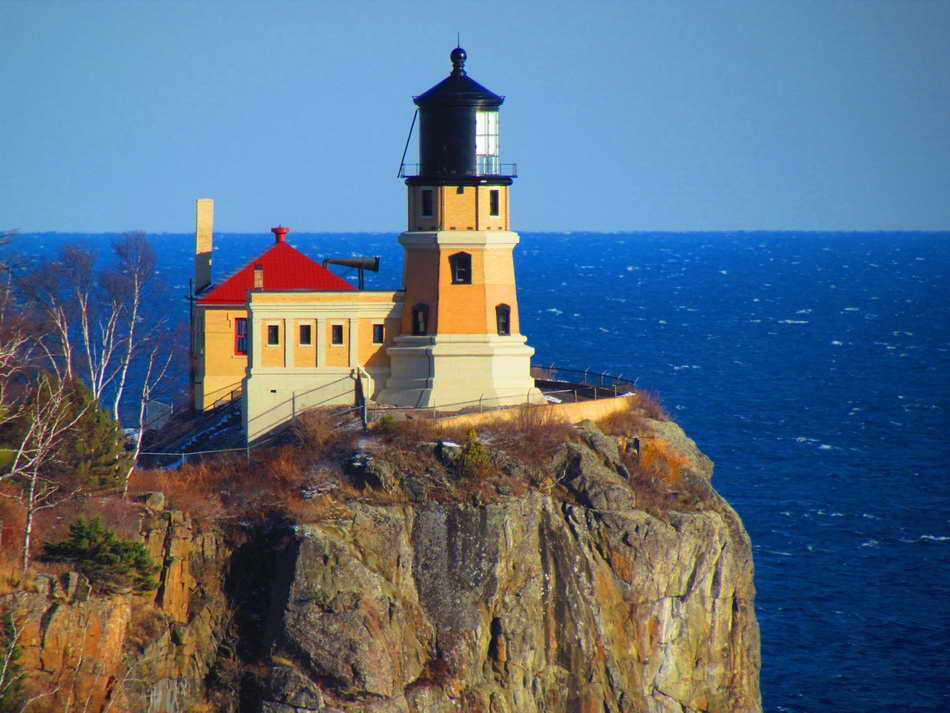 Pin by andrea on lighthouses pinterest lighthouse for Most beautiful lighthouses in the us