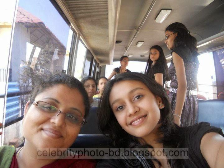 Deshi%2BGirls%2BPhotos%2Bof%2BDhaka%2BBangladesh%2BIn%2BFriendship%2BDay011