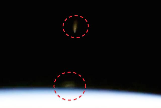 UFO News ~ UFOs Caught On Space Station Cam and MORE UFO%252C%2BUFOs%252C%2Bsighting%252C%2Bsightings%252C%2Bfigure%252C%2BOMG%252C%2Bartifact%252C%2Banomaly%252C%2BCaptain%2BKirk%252C%2BTOS%252C%2BEnterprise%252C%2BAsteroid%252C%2BStar%2BTrek%252C%2BStargate%252C%2Btop%2Bsecret%252C%2BET%252C%2Bsnoopy%252C%2Batlantis%252C%2BW56%252C%2BGod%252C%2Bmayan%252C%2BUK%252C%2Bspirit%252C%2Bghost%252C%2BNibiru%252C%2Bmountain%252C%2Bnews%252C%2Bmoon%252C%2Bfaces%252C%2Bsaturn%252C%2BV%252C%2B%2B3232