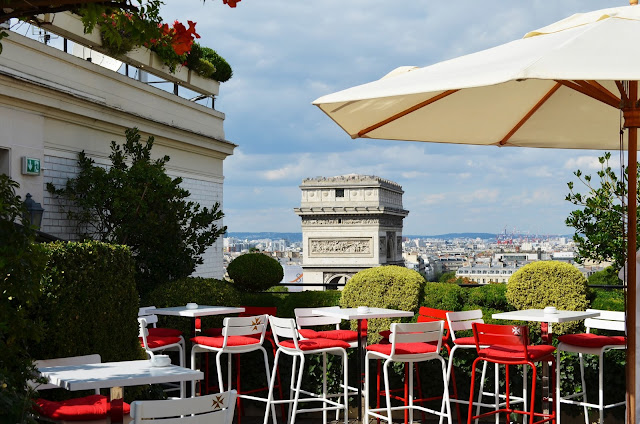 parisian touch les plus belles terrasses estivales de paris. Black Bedroom Furniture Sets. Home Design Ideas