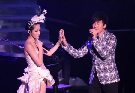 Elva Hsiao e JJ Lin