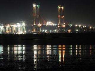 jembatan indah suromadu landmark jatim