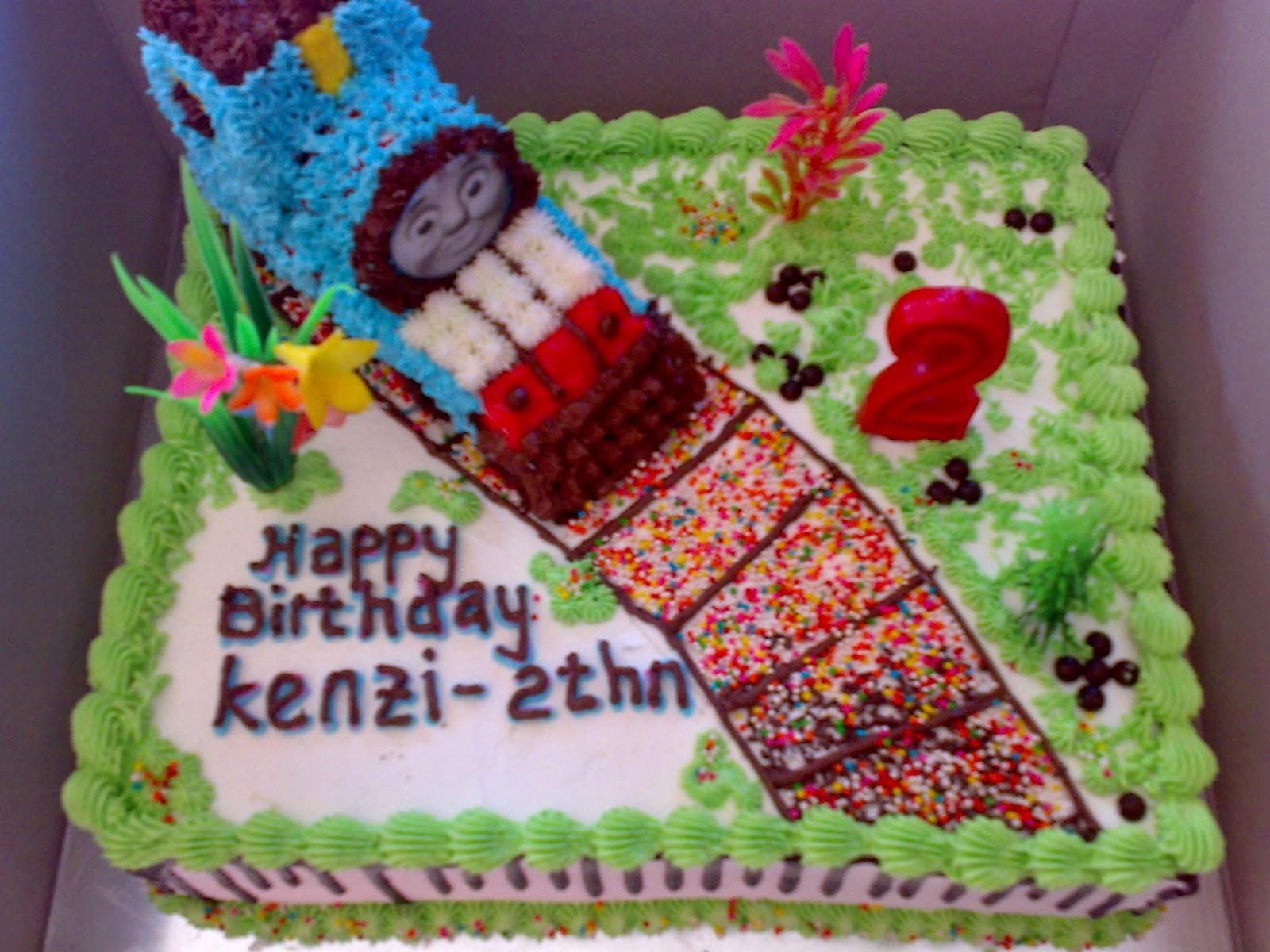 tempat pesan kue ulang tahun gambar thomas di padang