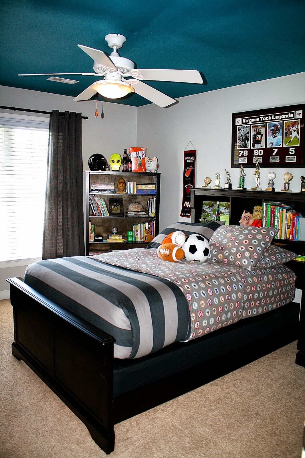 Bolling with 5 tyson 39 s nfl college football preteen for Bedroom ideas 13 year old boy