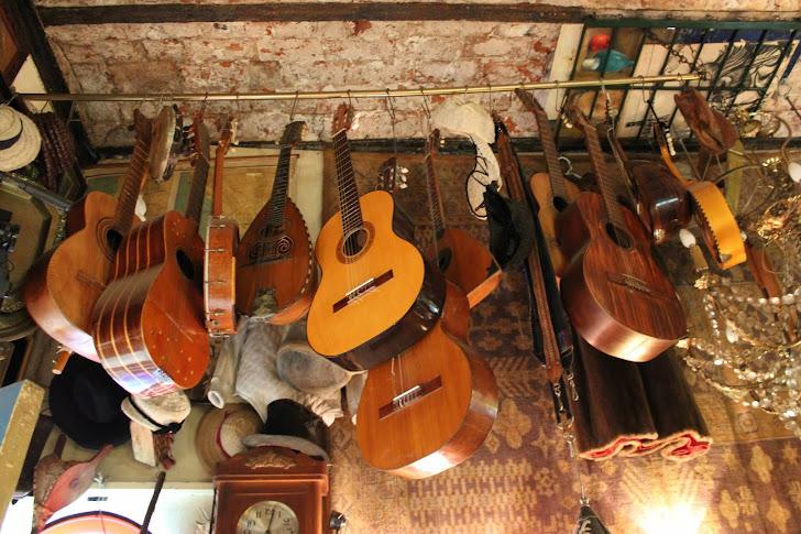 Gamle gitarer