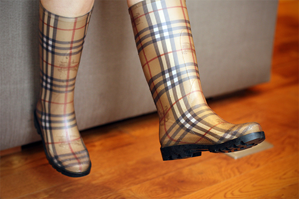 Burberry check rubber rain boots