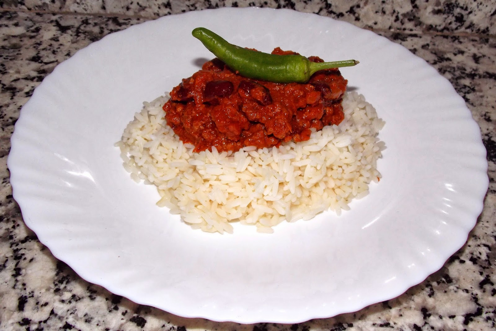 life, How to Cook Chilli Con Carne, Chilli Con Carne from Scratch, What Ingredients do I need for Chilli, Fluffy Rice, Chocolate and Chilli, Easy Chilli Con Carne Recipe,