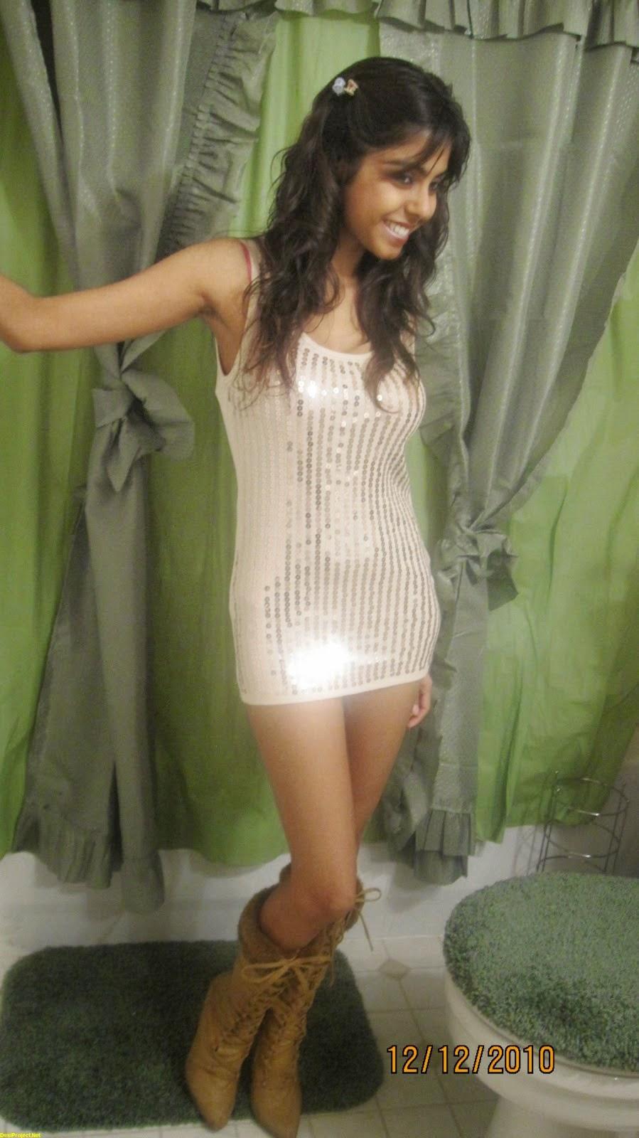 Selena gomez naked hypnotized