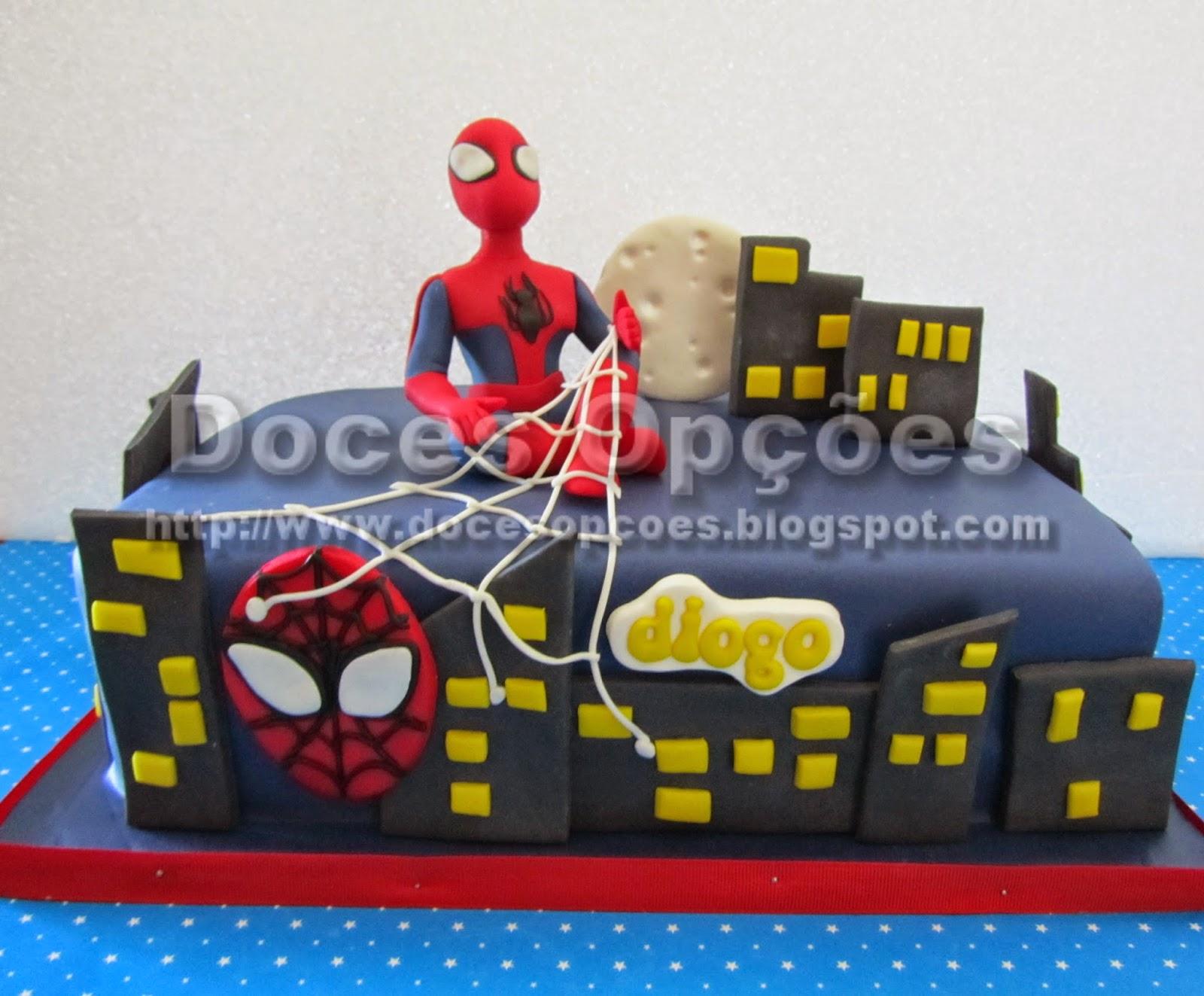 Bolo com o Homem Aranha para o aniversário do Diogo
