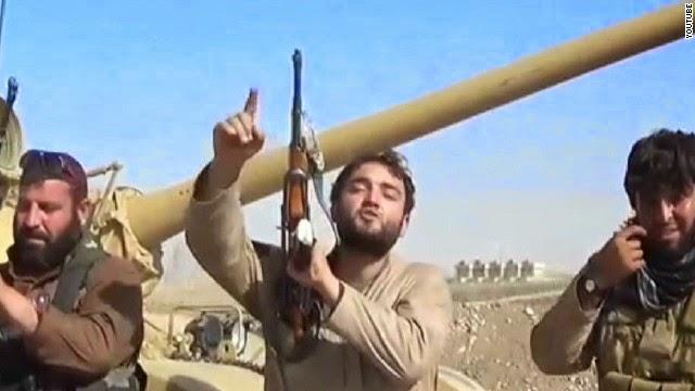 ISIS prohíbe a los niños estudiar sociales y matemáticas