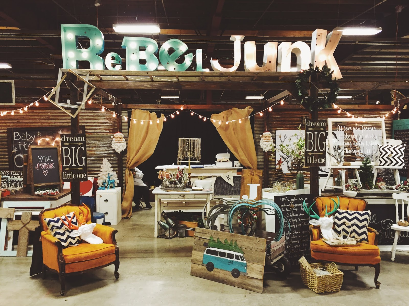 Junk salvation by funky junk sisters for Antique marketplace