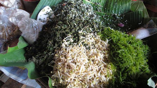 Nasi Urap di Jepara