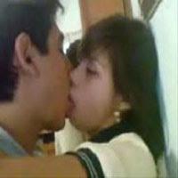 Novinha Teen Caiu Na Dando A Bucetinha Ao Namorado Dentro Do