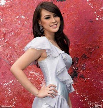 Vania-Larissa-Pemenang-Miss-Indonesia-2013