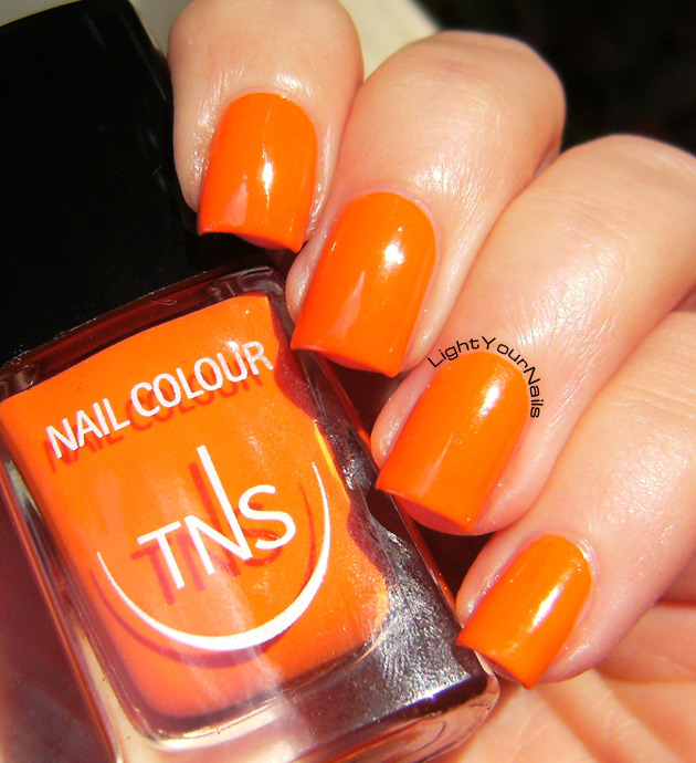TNS Accent Manicure: Life in Colour (UNS419)