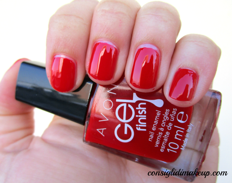 NOTD: Roses Are Red - Avon