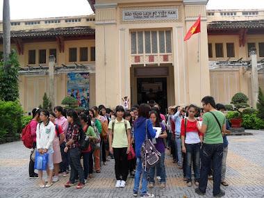 Sinh viên [2011-2015] đến với bảo tàng!