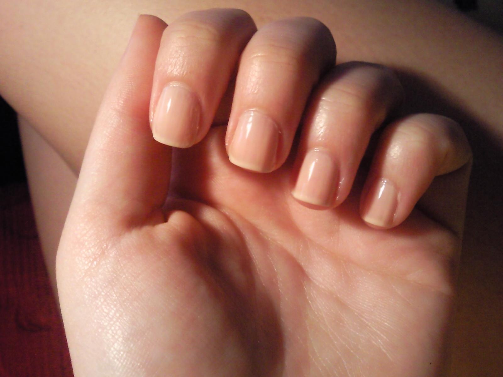 Dedos con estilo manicura con peri dico newspaper - Unas modelos para pintar ...