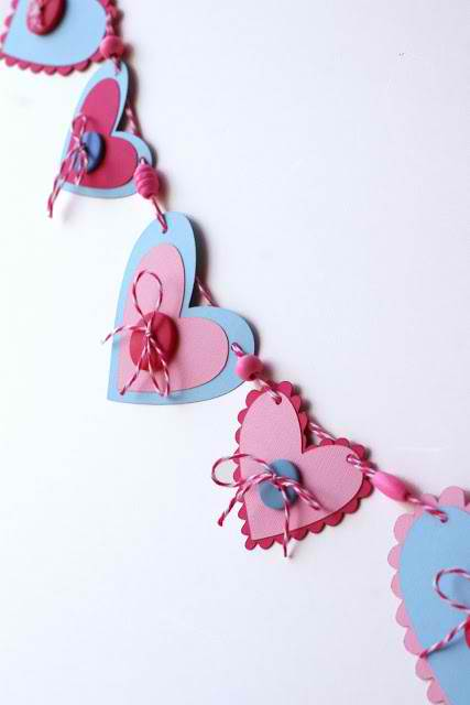 Laces and elastics diy 7 adorable party decorations you for Party decorations you can make at home