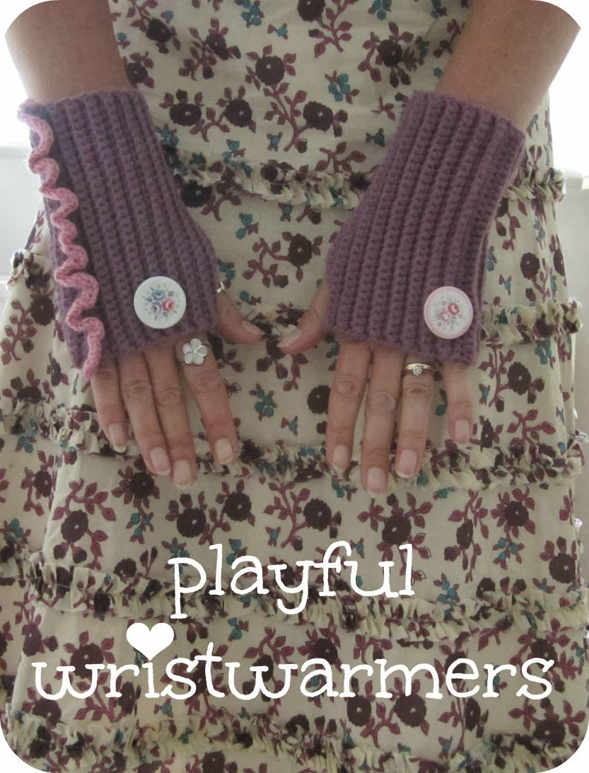 Playful Wristwarmers