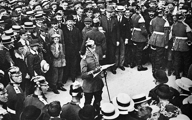 treaty of versailles and germanys reaction This case study examines how mixed the reactions were to the treaty of versailles the treaty that concerned them most was the treaty with germany.
