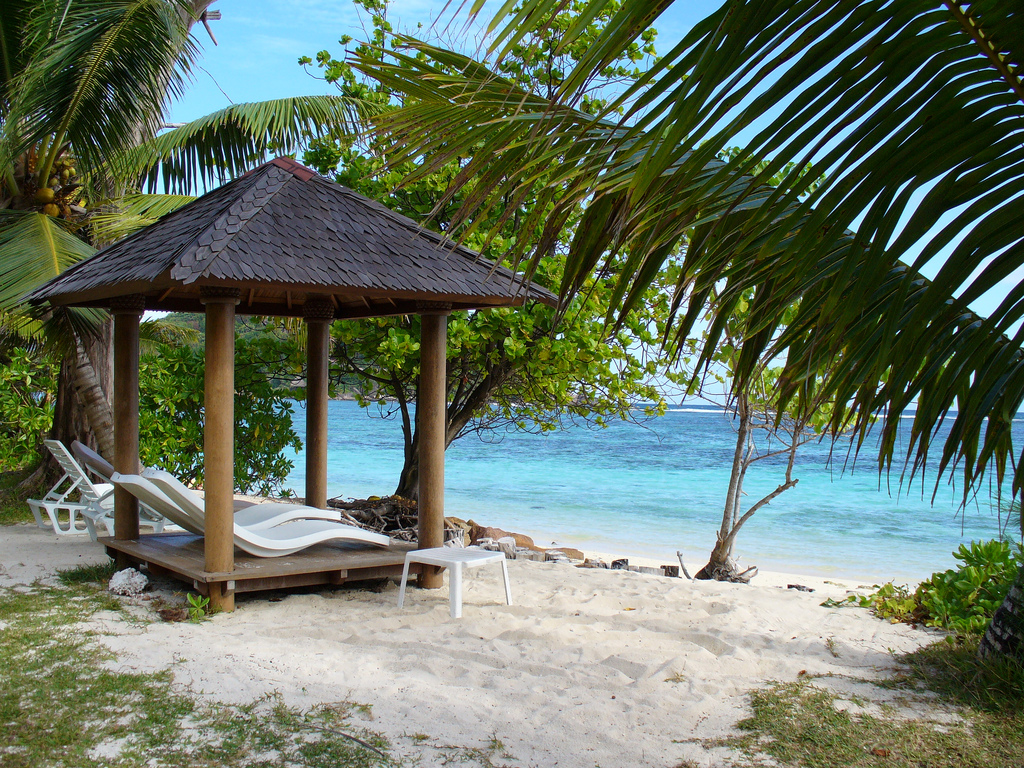 Seychelles world top beaches for vacations world for for Top us beach vacations