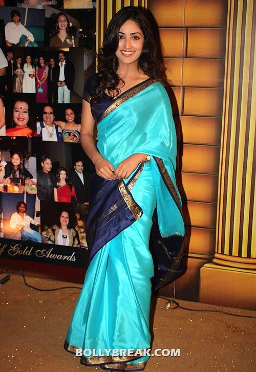 Yami Gautam in Saree - (2) - Star Gold television awards 2012 Pics