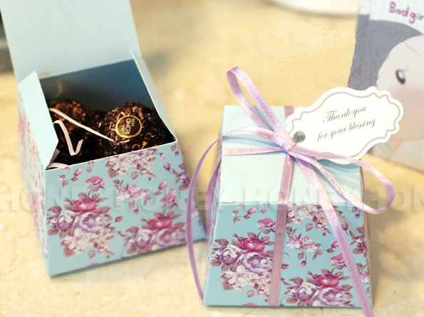 Your one-stop wedding centre - gifts, deco, favors and such!