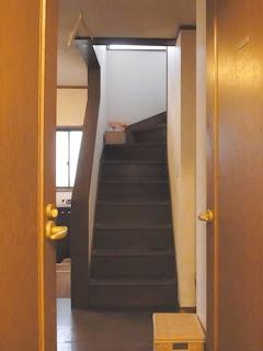 ゴミ屋敷お片づけビフォー&アフター 階段アフター画像